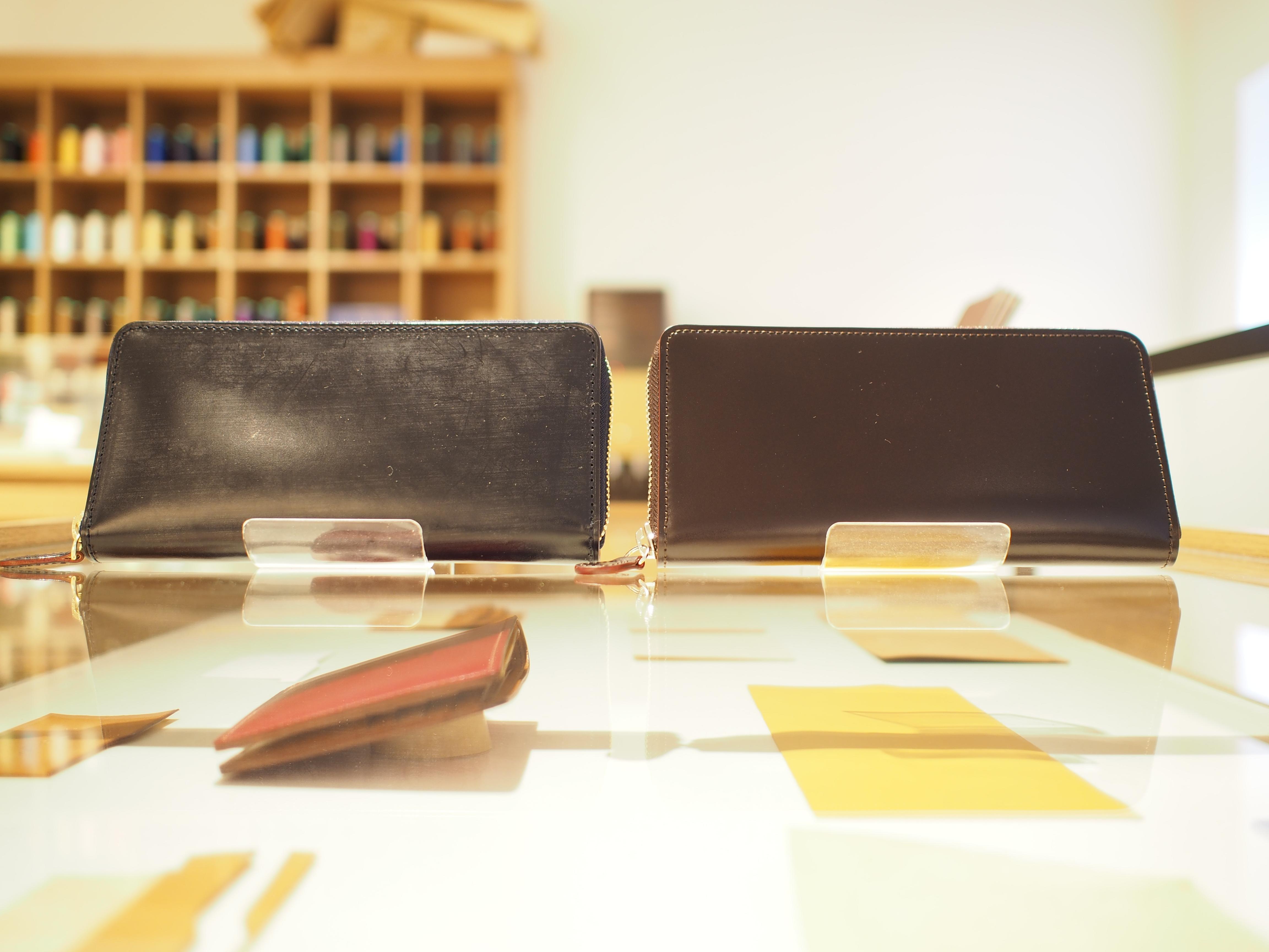 コードバン&ブライドル ラウンドファスナー長財布を比較