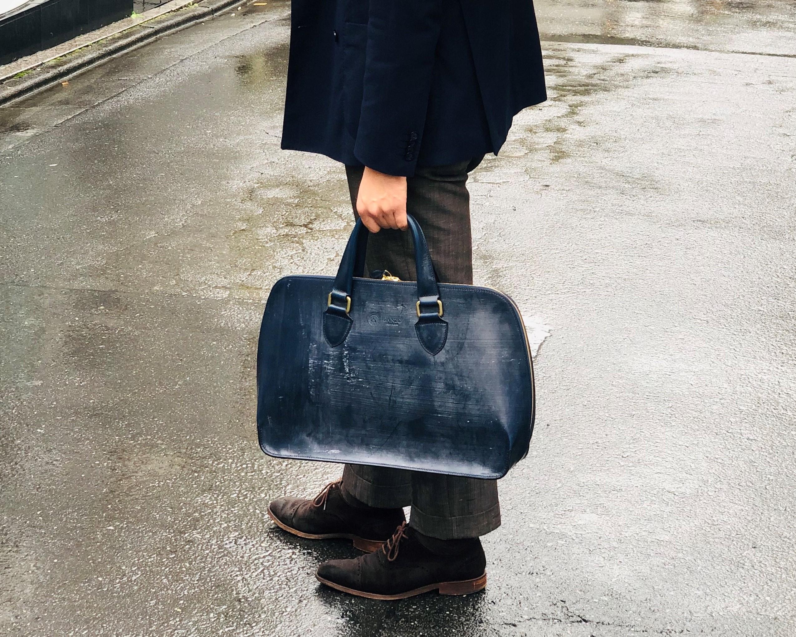 雨の日のおすすめバッグ