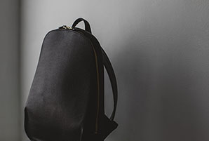 ビジネスシーンで使える新型スマートバッグを発売開始